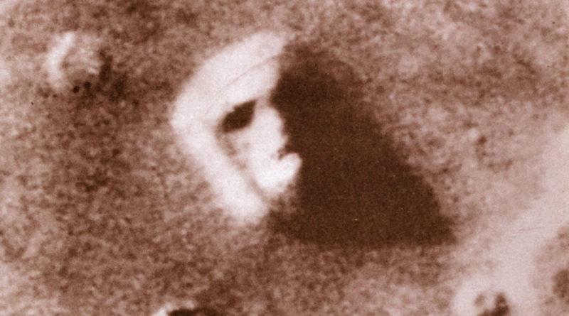 Il volto su Marte