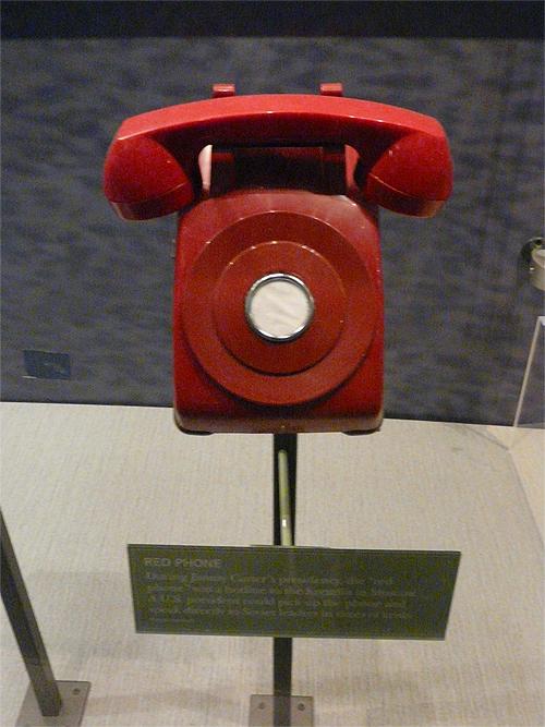 """Il Telefono Rosso (la """"Linea Rossa"""", durante la Guerra Fredda)"""