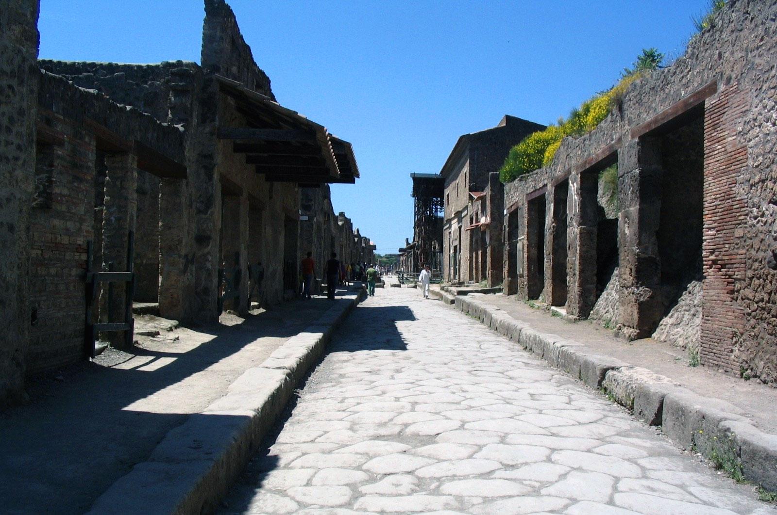 Breve storia di pompei for Case di un ranch di storia
