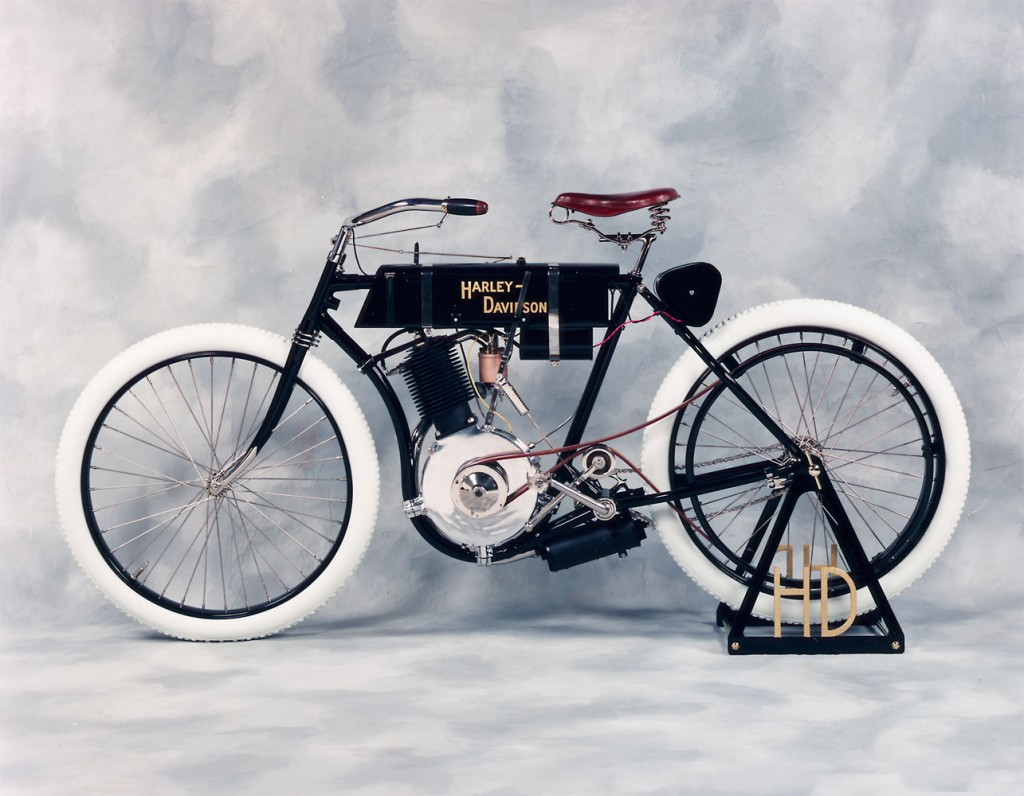Una delle prime storiche motociclette Harley-Davidson