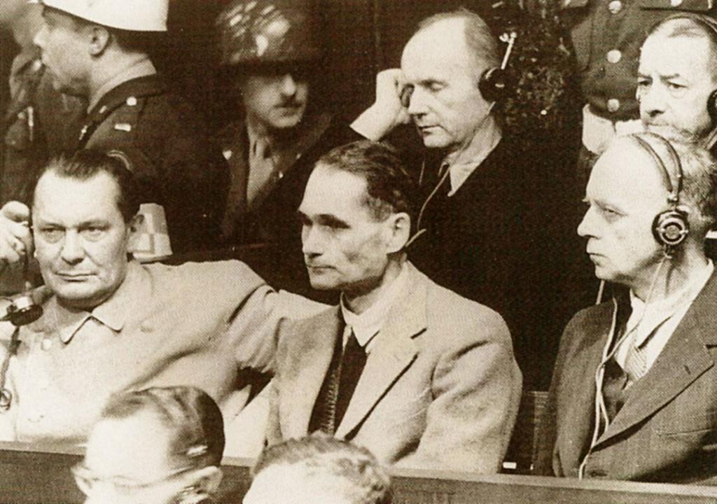 Hermann Göring, Rudolf Hess e Joachim von Ribbentrop al Processo di Norimberga