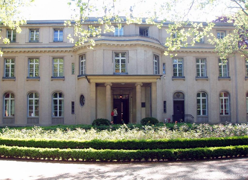 La villa nei pressi del lago Wannsee dove si svolse la conferenza