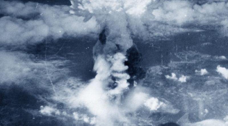 Nagasaki, 8 agosto 1945: il fungo atomico