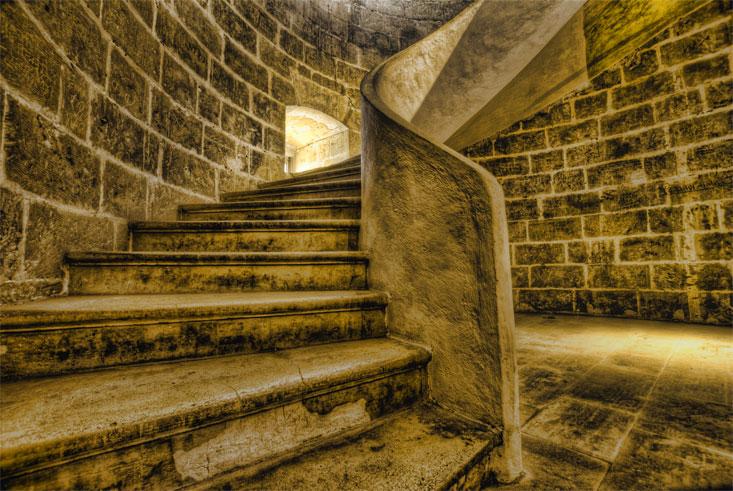 Scale nei castelli