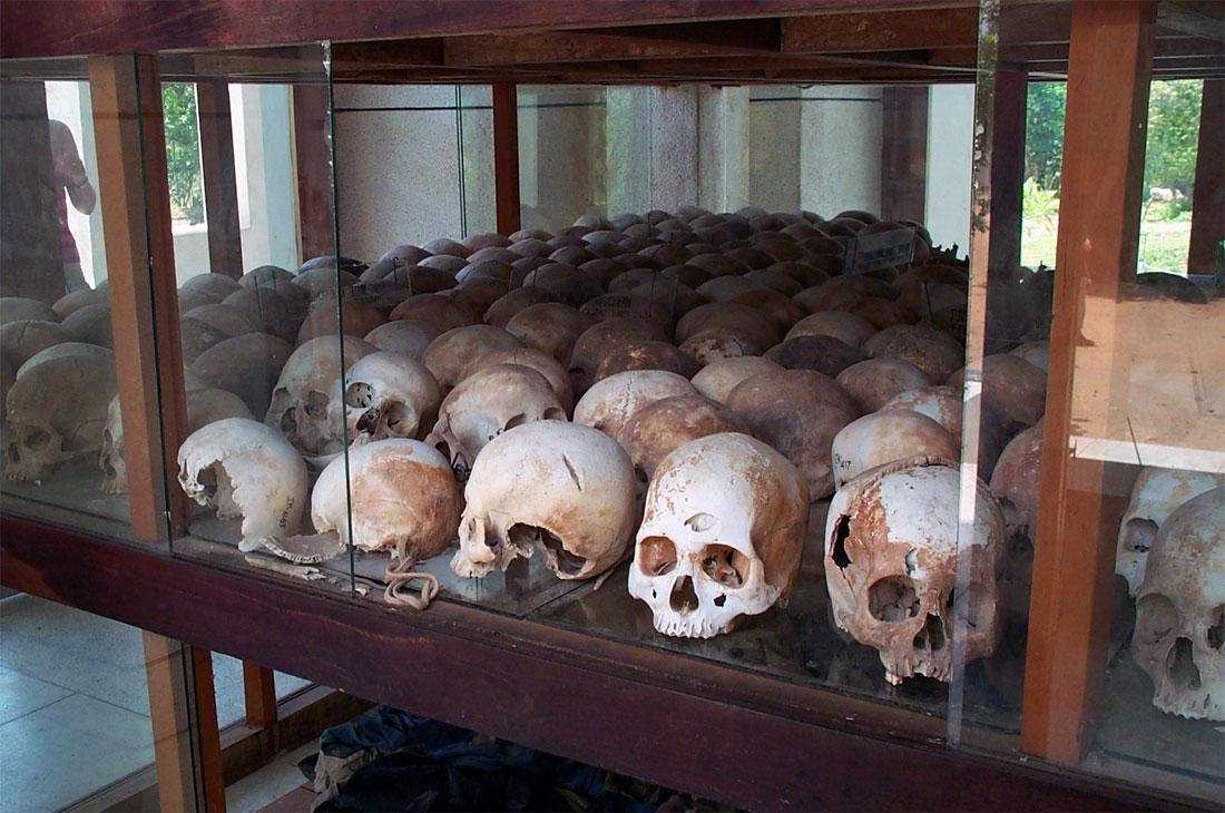 Vittime dei Khmer Rossi - Teschi esposti in un museo della memoria