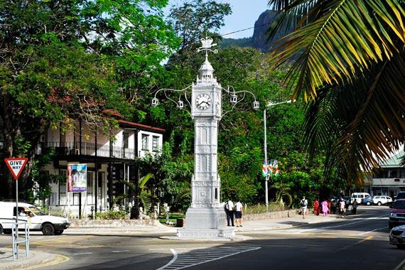 Seychelles, capitale Victoria, torre dell'orologio - clock tower