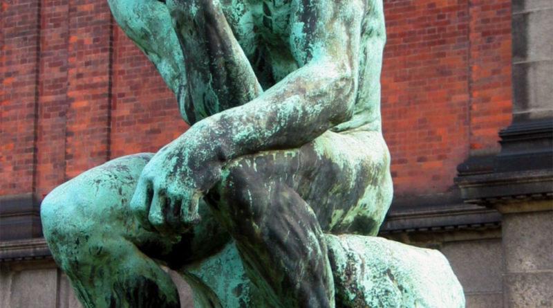 Il Pensatore, famosa scultura di Auguste Rodin