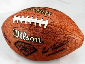 Football americano: un moderno pallone ovale