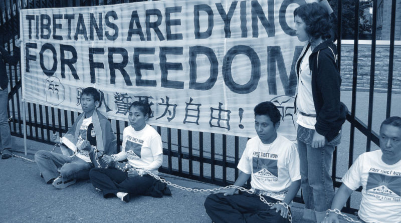 tibet-cina-manifestanti-tibetani