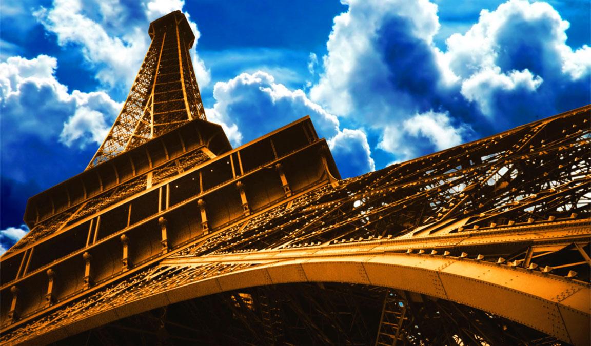 Una bella immagine della Torre Eiffel