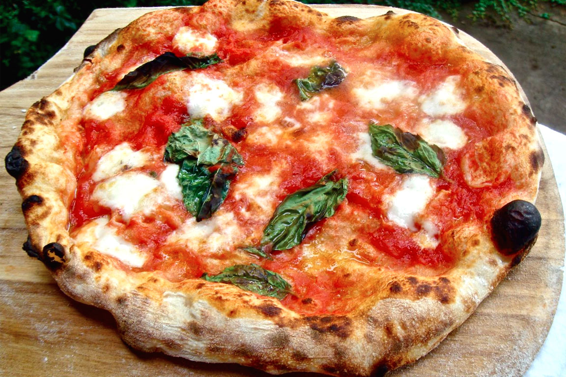 Image result for pizza napoletana