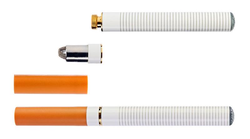 electronic cigarette - sigaretta elettronica.jpg