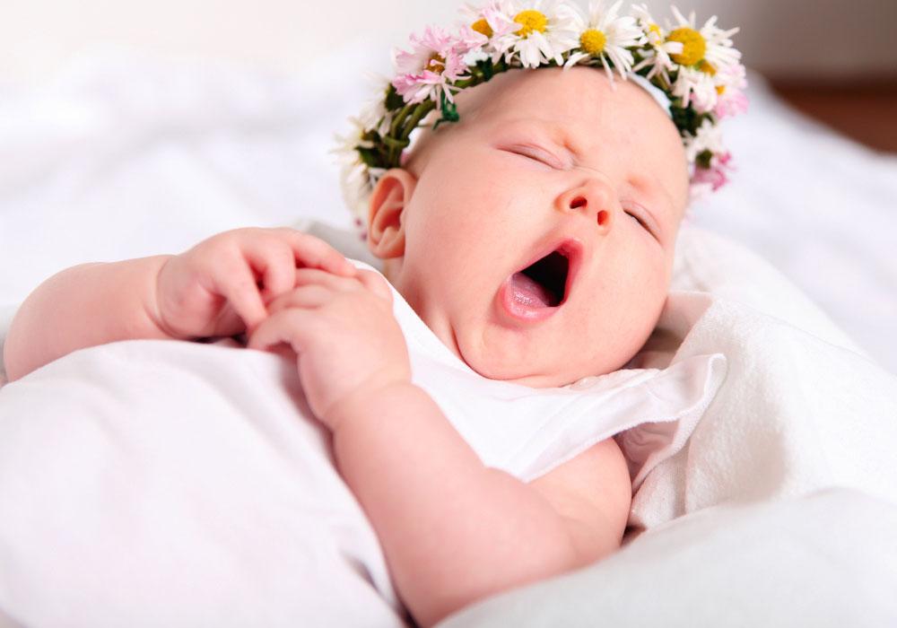 Gli sbadigli di un neonato