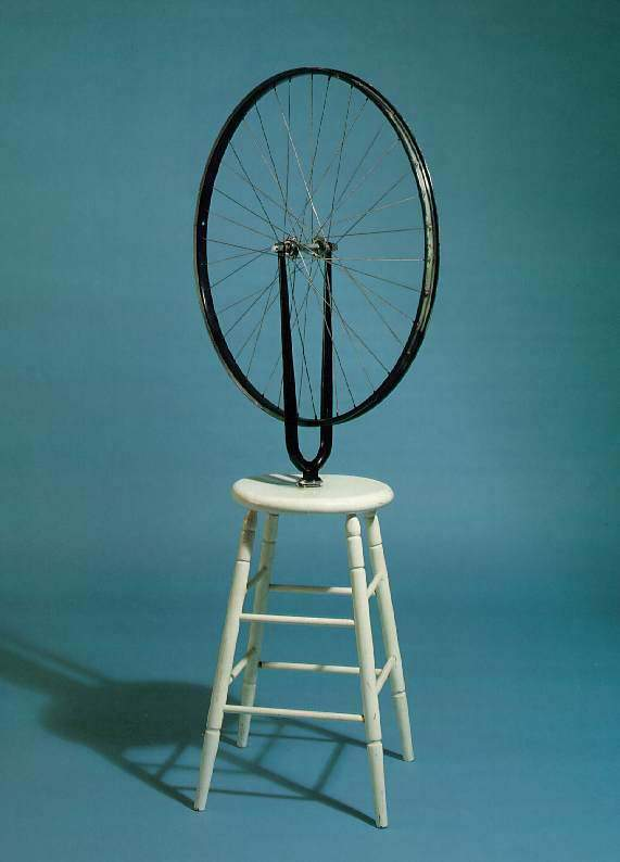 [Immagine: Marcel-Duchamp-bicyclewheel001.jpg]