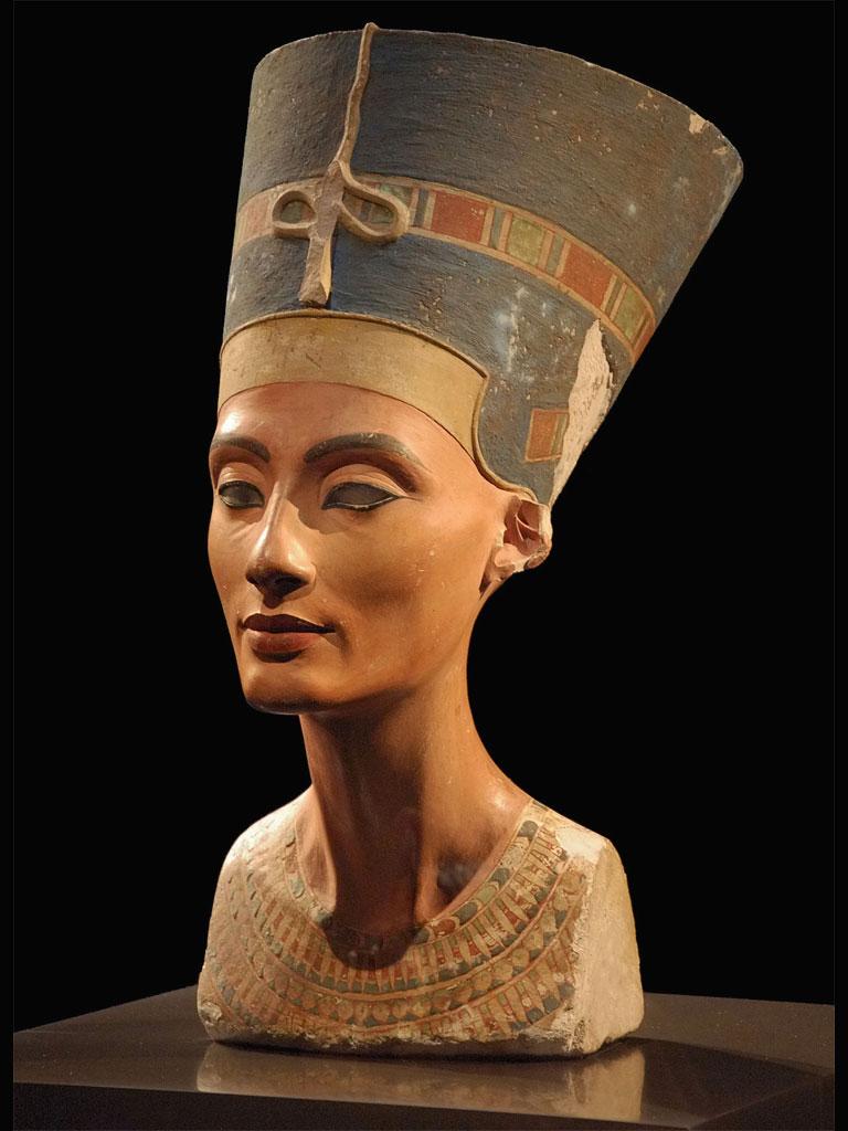 La regina Nefertiti