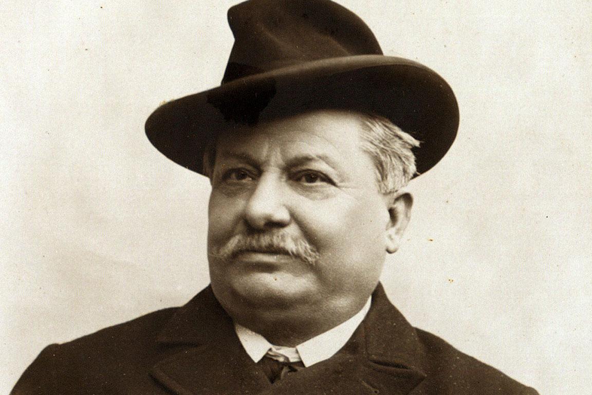 Giovanni Pascoli