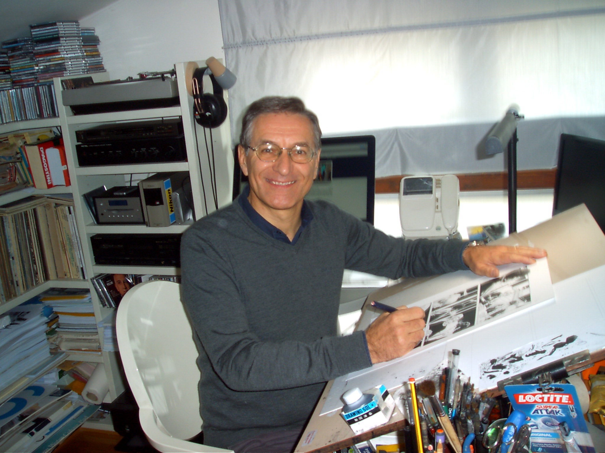 Fabio Civitelli al lavoro nel suo studio (foto: Laura Bondi)