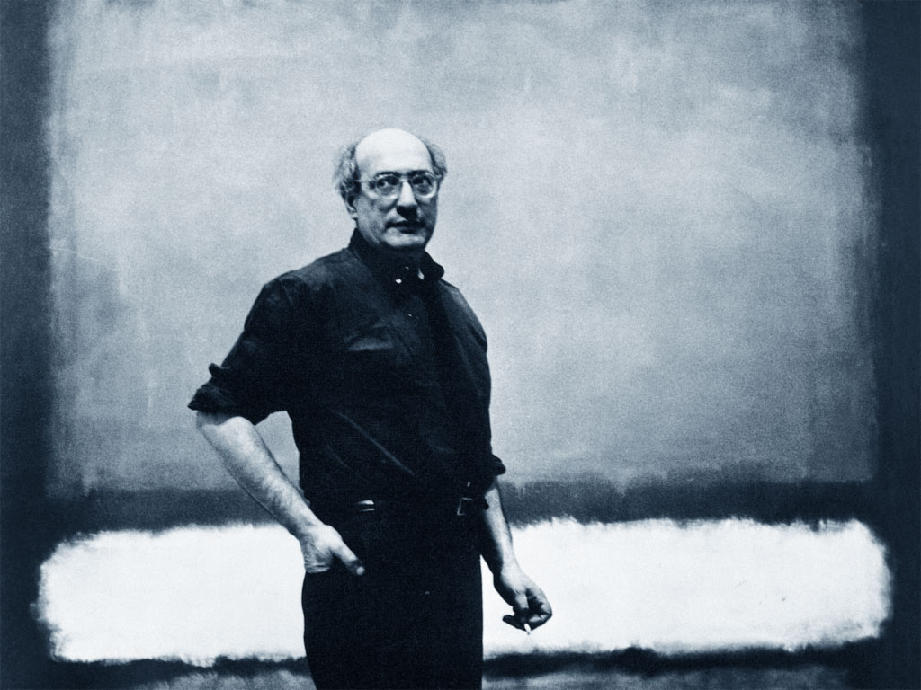 Mark Rothko, una foto dell'artista all'opera