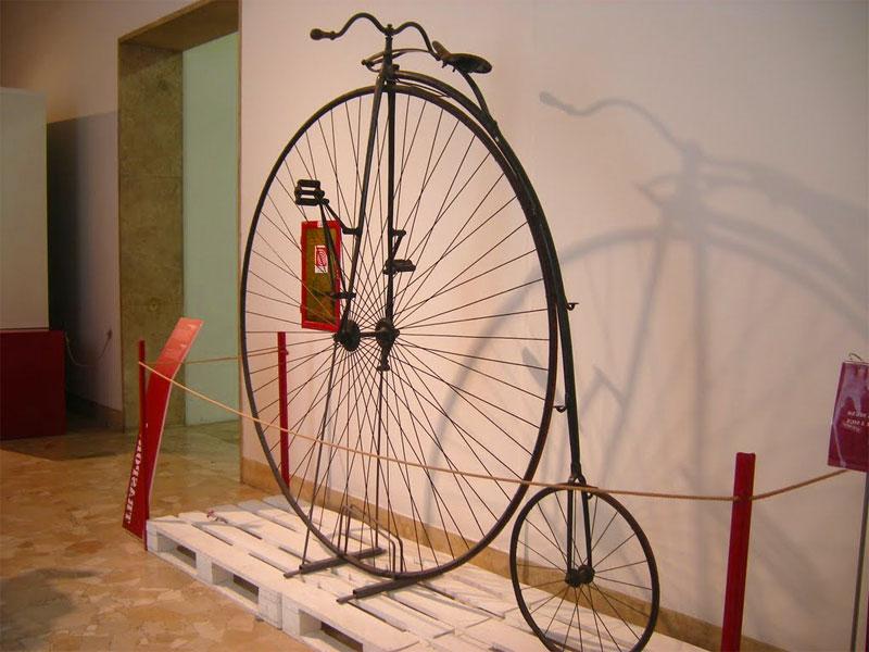 Un velocipede