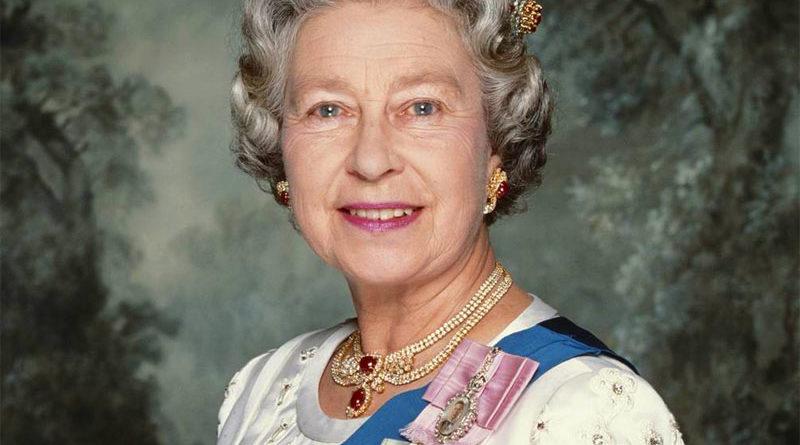 Elisabetta II - corona