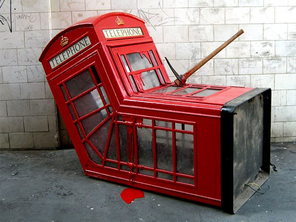 Banksy - Cabina telefonica rossa londinese