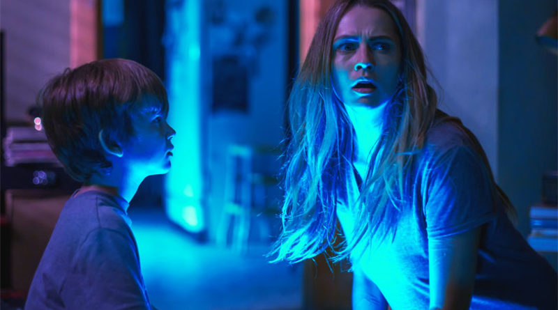 Lights Out - una scena del film