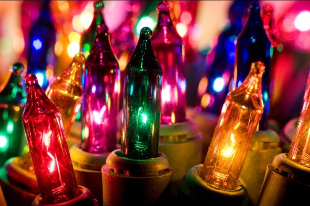 Foto Di Luci Di Natale.Chi Ha Inventato Le Luci Di Natale