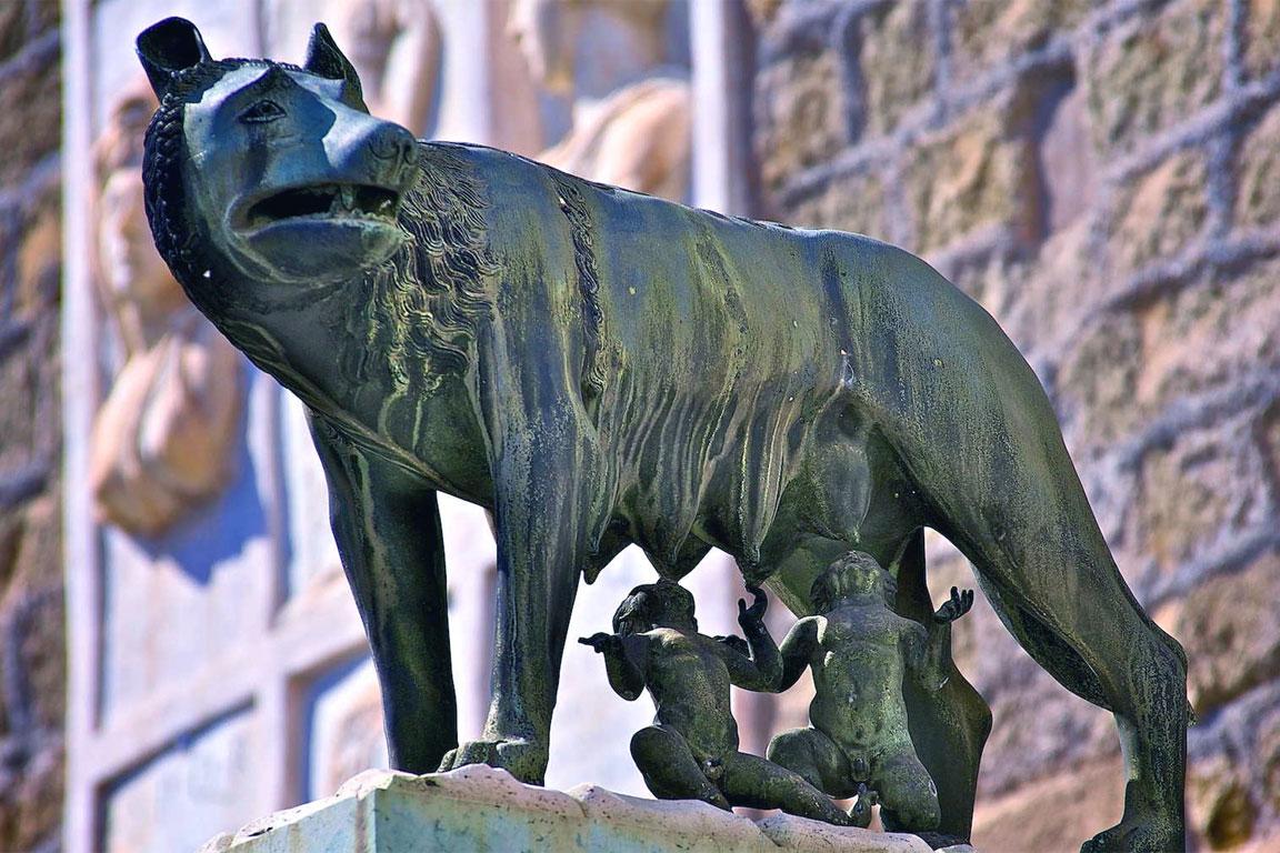 La leggenda della nascita di Roma: Romolo e Remo, la Lupa capitolina