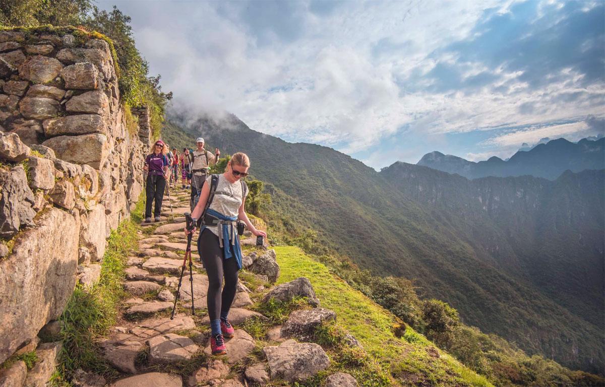 escursionisti - escursionismo - escursionista - turista