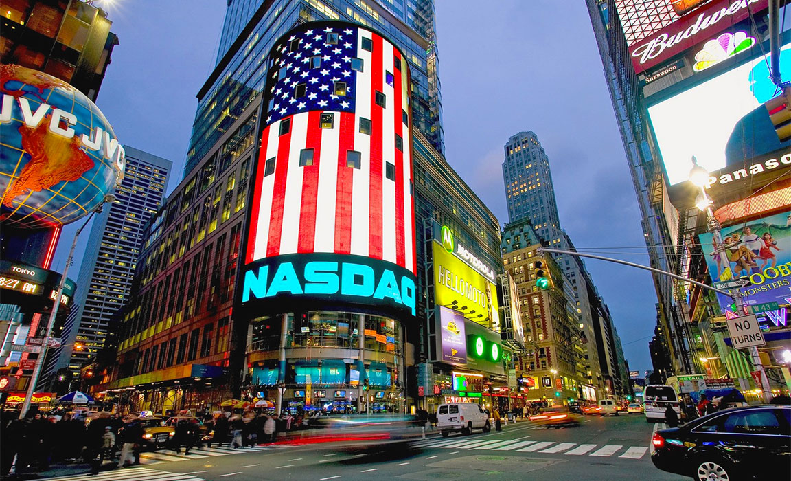 New York City: la sede NASDAQ in Times Square