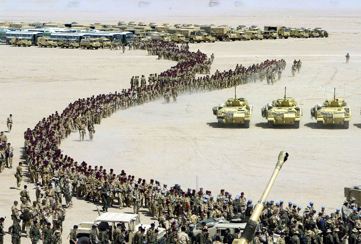 Guerra del Golfo: le truppe della Coalizione si preparano all'intervento militare