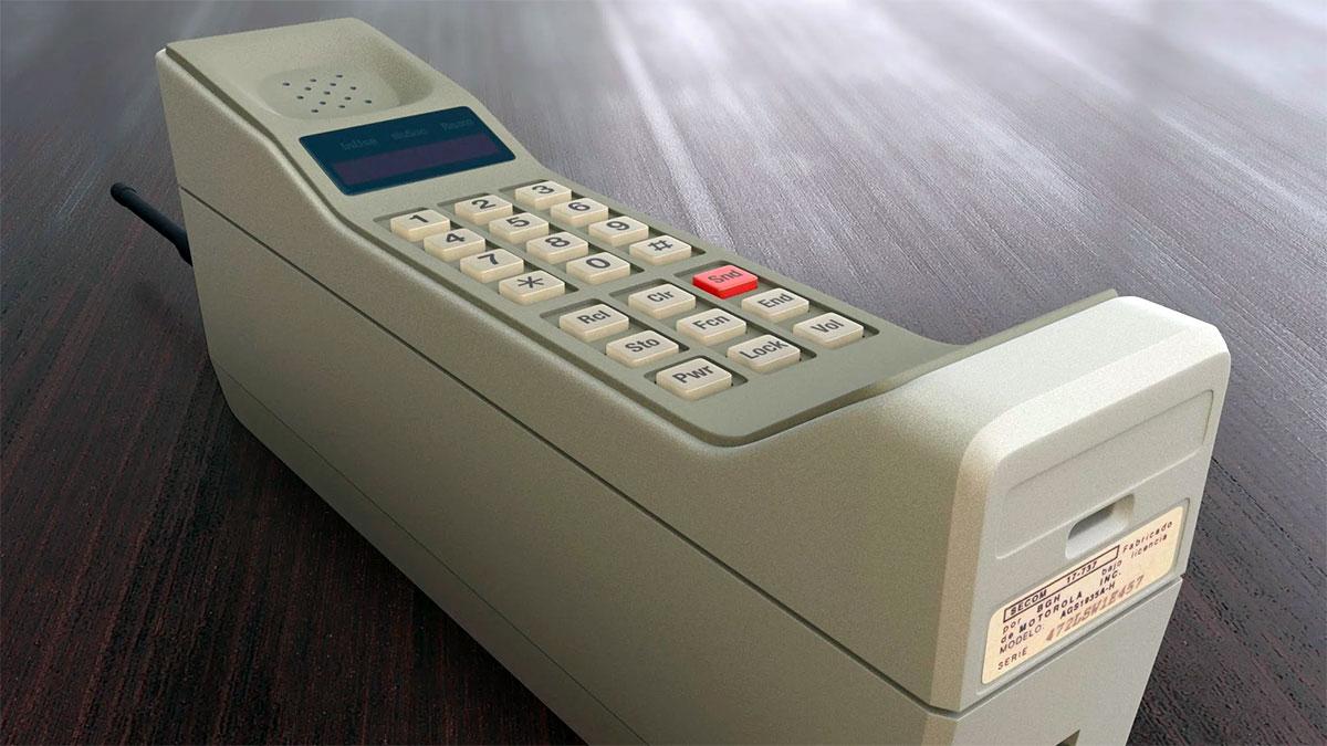 DynaTAC 8000X Motorola