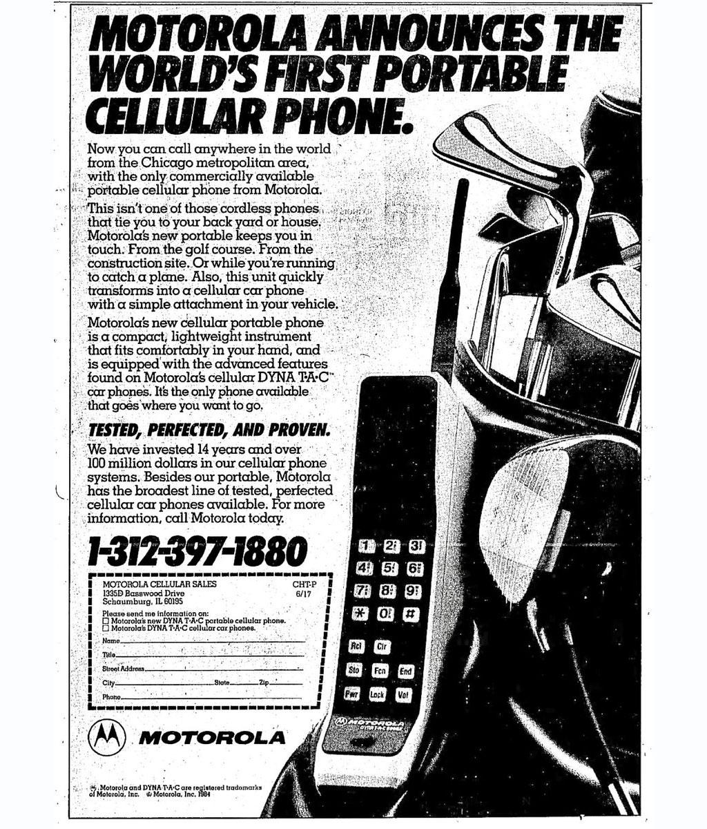Una pubblicità dell'epoca che annunciava il lancio del primo telefono cellulare portatile al mondo