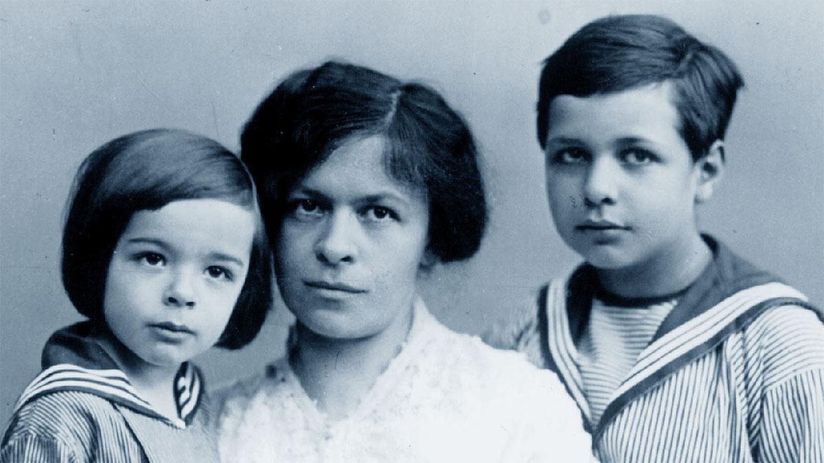 Mileva Maric con i figli Eduard Einstein e Hans Albert Einstein